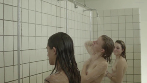 Victoria Carmen Sonne, Shelly Levy, Olivia Anselmo @ Vanilje (DK2014) [HD 720p WEB-DL]  JtebbC52