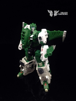 [FansProject] Produit Tiers - Jouet Saurus Ryu-oh aka Dinoking (Victory) | Monstructor (USA) - Page 2 KSm8N70T