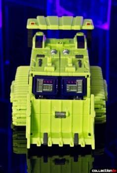 [Toyworld] Produit Tiers - Jouet TW-C Constructor aka Devastator/Dévastateur (Version vert G1 et jaune G2) - Page 4 N3T0tw4D