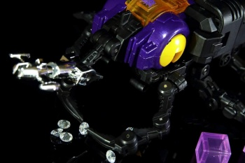 [Fanstoys] Produit Tiers - Jouet FT-12 Grenadier / FT-13 Mercenary / FT-14 Forager - aka Insecticons - Page 2 XNV6Qbr7