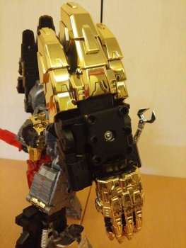 [Toyworld][Zeta Toys] Produit Tiers - Jouet TW-D aka Combiner Dinobots Yp8cG90F