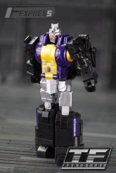 [Fanstoys] Produit Tiers - Jouet FT-12 Grenadier / FT-13 Mercenary / FT-14 Forager - aka Insecticons - Page 2 ZMTdxwum