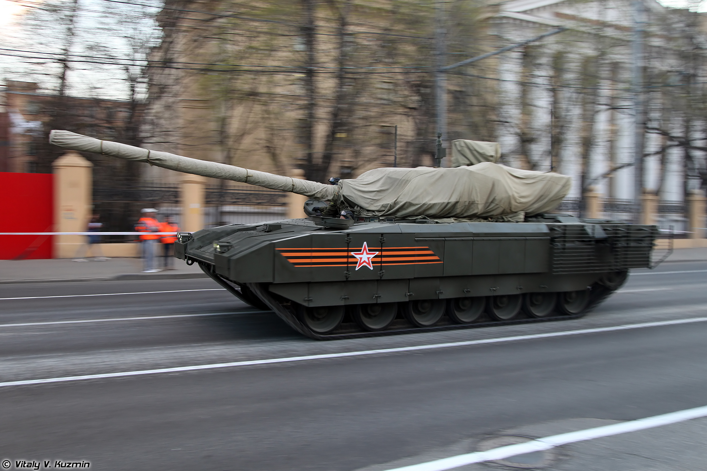 [Official] Armata Discussion thread #2 - Page 20 Rehearsal29april15Moscow-40