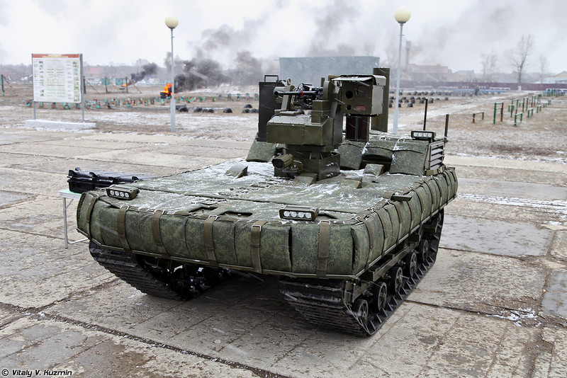 Russian Army Robots - Page 3 VVday2015_51-L