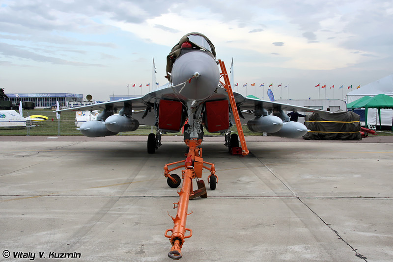 تأكيد صفقة الجي اف-17 المصرية ونفي الميج-29 - صفحة 4 Part133-L