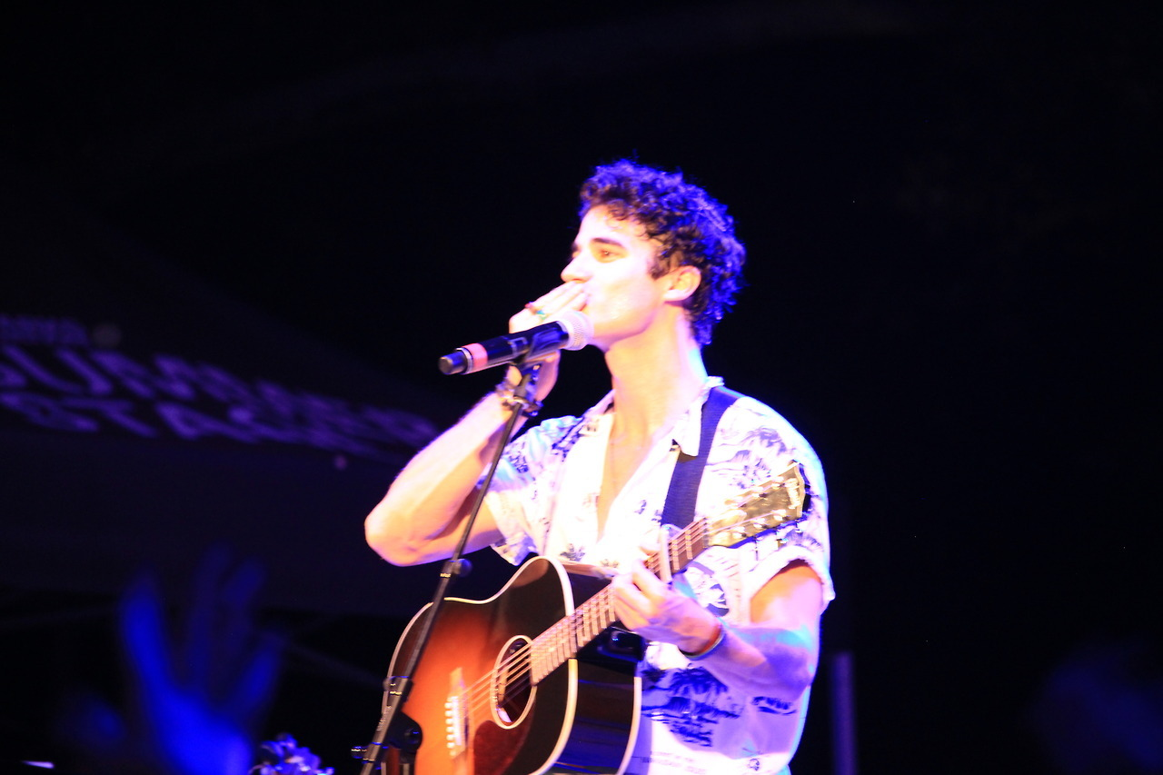 Topics tagged under elsiefest2017 on Darren Criss Fan Community Tumblr_oxmbvneSc91ubd9qxo8_1280