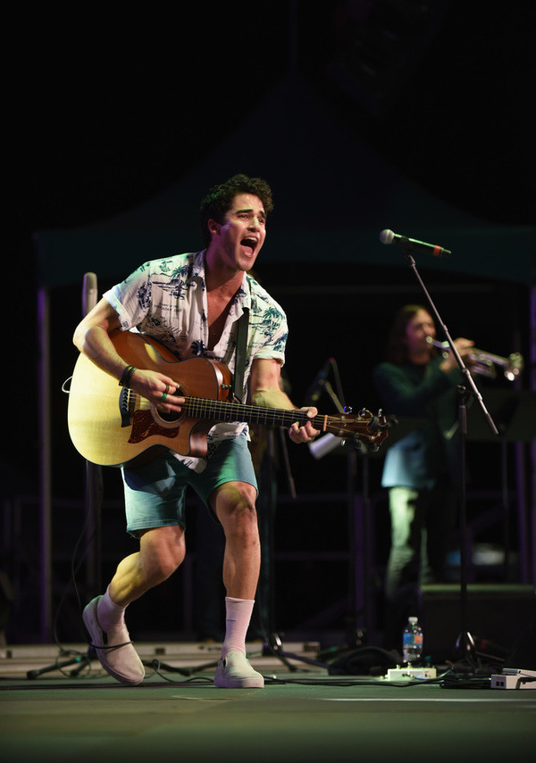 Topics tagged under elsiefest2017 on Darren Criss Fan Community Tumblr_oxmccrn7r51ubd9qxo6_1280