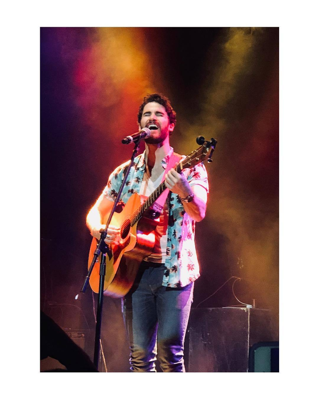TeenageDream - Darren's Concerts and Other Musical Performancs for 2018 Tumblr_p6jdk90GiE1ubd9qxo1_1280