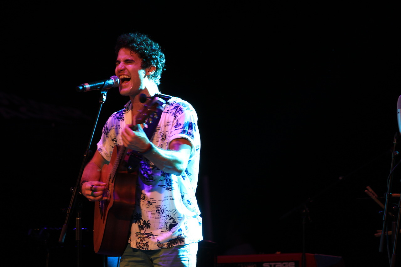 Topics tagged under elsiefest2017 on Darren Criss Fan Community Tumblr_oxmbvneSc91ubd9qxo1_1280