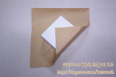 Упаковка подарка. Post-wrapping-gift-02