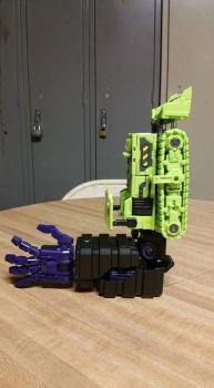 [Toyworld] Produit Tiers - Jouet TW-C Constructor aka Devastator/Dévastateur (Version vert G1 et jaune G2) - Page 4 1oMEmvvy