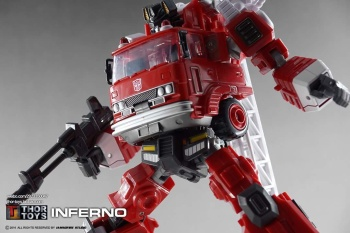 [Maketoys] Produit Tiers - MTRM-03 Hellfire (aka Inferno) et MTRM-05 Wrestle (aka Grapple/Grappin) - Page 4 394SY36Y