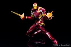 [Comentários] Marvel S.H.Figuarts - Página 2 4VB8kIL7