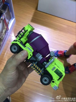 [Generation Toy] Produit Tiers - Jouet GT-01 Gravity Builder - aka Devastator/Dévastateur - Page 2 4qResblY