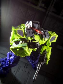 [Toyworld] Produit Tiers - Jouet TW-C Constructor aka Devastator/Dévastateur (Version vert G1 et jaune G2) - Page 4 Fiscf9ur