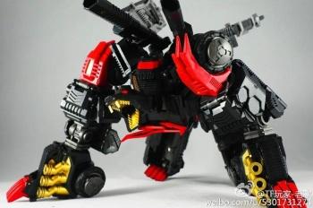 [CloneDroid] Produit Tiers - Jouet Blackshot aka Sixshot version Nemesis HLvK1sR1