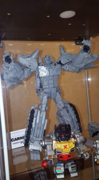 [Mastermind Creations] Produit Tiers - R-17 Carnifex - aka Overlord (TF Masterforce) I103whxF