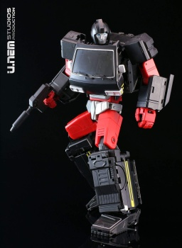 [Voodoo Robots] Produit Tiers - Salus (aka Ratchet/Mécano) & Animus (aka Ironhide/Rhino) - Page 2 ItcSR6wn