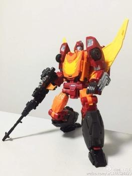 [DX9 Toys] Produit Tiers - Jouet D-06 Carry aka Rodimus et D-06T Terror aka Black Rodimus - Page 2 KygRfqtm