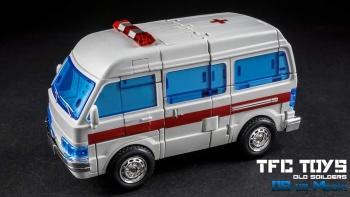 [TFC Toys] Produit Tiers - OS-01 Ironwill (aka Ironhide/Rhino) & OS-03 Medic (aka Ratchet/Mécano) - Page 2 M88EyN2o