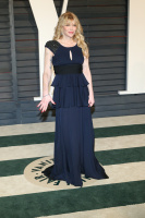 """Courtney Love """"2015 Vanity Fair Oscar Party hosted by Graydon Carter at Wallis Annenberg Center for the Performing Arts in Beverly Hills"""" (22.02.2015) 49x MiM3iOIa"""