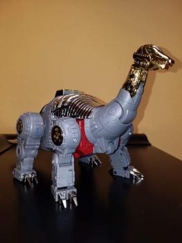 [Fanstoys] Produit Tiers - Dinobots - FT-04 Scoria, FT-05 Soar, FT-06 Sever, FT-07 Stomp, FT-08 Grinder - Page 9 OFjwZWQS