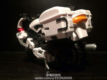 [MakeToys] Produit Tiers - Jouet MTCM-04 Guardia (aka Protectobots - Defensor/Defenso) - Page 2 TSJGBxnI