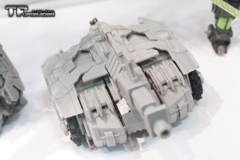 [Mastermind Creations] Produit Tiers - R-17 Carnifex - aka Overlord (TF Masterforce) UonwLldz