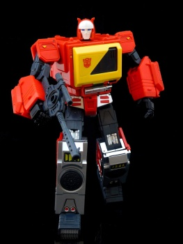 [KFC Toys] Produit Tiers - Jouet Transistor (aka Blaster/Tempo) + DoubleDeck (Twincast) + Fader (aka Eject/Éjecteur) + Rover (aka Autoscout) - Page 2 VK2cKtwy