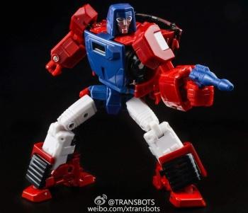 [X-Transbots] Produit Tiers - Minibots MP - Gamme MM - Page 5 Vaorcmpv
