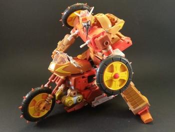 [KFC Toys] Produit Tiers - Jouets Crash Hog (aka Wreck-gar/Ferraille), Dumpyard (aka Junkyard/Décharge) et autres Junkions/Ferrailleurs VcWvm7Hf