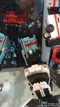 [MakeToys] Produit Tiers - Jouet MTCM-04 Guardia (aka Protectobots - Defensor/Defenso) - Page 2 XpLrRXW3