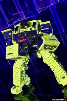 [Toyworld] Produit Tiers - Jouet TW-C Constructor aka Devastator/Dévastateur (Version vert G1 et jaune G2) - Page 4 YIZh2LC8