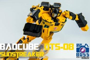 [BadCube] Produit Tiers - OTS-08 Sunsurge (aka Sunstreaker/Solo G1) + OTS-Special 01 Blaze (aka Sunstreaker/Solo Diaclone) - Page 3 YvuwraiL