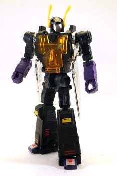 [Fanstoys] Produit Tiers - Jouet FT-12 Grenadier / FT-13 Mercenary / FT-14 Forager - aka Insecticons - Page 3 ZanJpd17