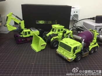 [Generation Toy] Produit Tiers - Jouet GT-01 Gravity Builder - aka Devastator/Dévastateur - Page 3 CrfLQEKq