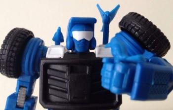 [X-Transbots] Produit Tiers - Minibots MP - Gamme MM - Page 3 EPGWJdI4