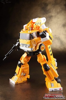 [Maketoys] Produit Tiers - MTRM-03 Hellfire (aka Inferno) et MTRM-05 Wrestle (aka Grapple/Grappin) - Page 4 F5ehJpbE