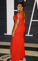 """Queen Latifah """"2015 Vanity Fair Oscar Party hosted by Graydon Carter at Wallis Annenberg Center for the Performing Arts in Beverly Hills"""" (22.02.2015) 23x FY5IA0Gl"""