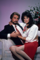 Отель / Hotel (сериал 1983-1988) I3cH8Qa5
