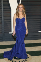 """Kelly Preston """"2015 Vanity Fair Oscar Party hosted by Graydon Carter at Wallis Annenberg Center for the Performing Arts in Beverly Hills"""" (22.02.2015) 46x  IvakzhcF"""