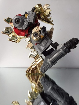 [GCreation] Produit Tiers - Jouet ShuraKing - aka Combiner Dinobots - Page 3 J9BnACdu