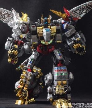 [Toyworld][Zeta Toys] Produit Tiers - Jouet TW-D aka Combiner Dinobots - Page 3 JBKz99yL
