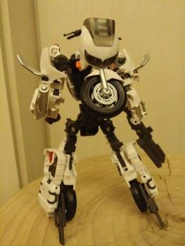 [MakeToys] Produit Tiers - Jouet MTCM-04 Guardia (aka Protectobots - Defensor/Defenso) - Page 2 LVOeO6BQ