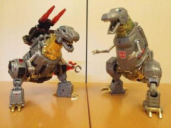[Toyworld][Zeta Toys] Produit Tiers - Jouet TW-D aka Combiner Dinobots LdIHb6Kn
