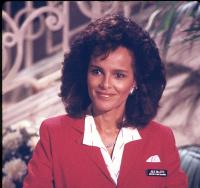 Отель / Hotel (сериал 1983-1988) MVfDDisJ