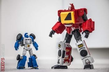 [X-Transbots] Produit Tiers - Minibots MP - Gamme MM - Page 6 NVt0HIbs