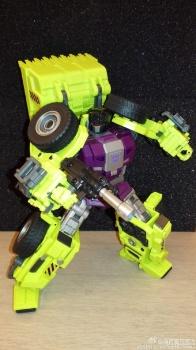 [Generation Toy] Produit Tiers - Jouet GT-01 Gravity Builder - aka Devastator/Dévastateur - Page 2 Q5KTUBgF