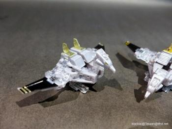 [Masterpiece Hasbro] YEAR OF THE GOAT SOUNDWAVE - Sortie Mars 2014 VUGUylq1