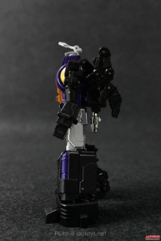 [Fanstoys] Produit Tiers - Jouet FT-12 Grenadier / FT-13 Mercenary / FT-14 Forager - aka Insecticons - Page 2 W2L5PHoz